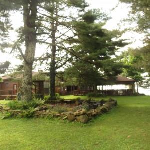 Bent Mountain Lodge